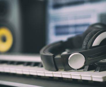 headphones on a midi keyboard